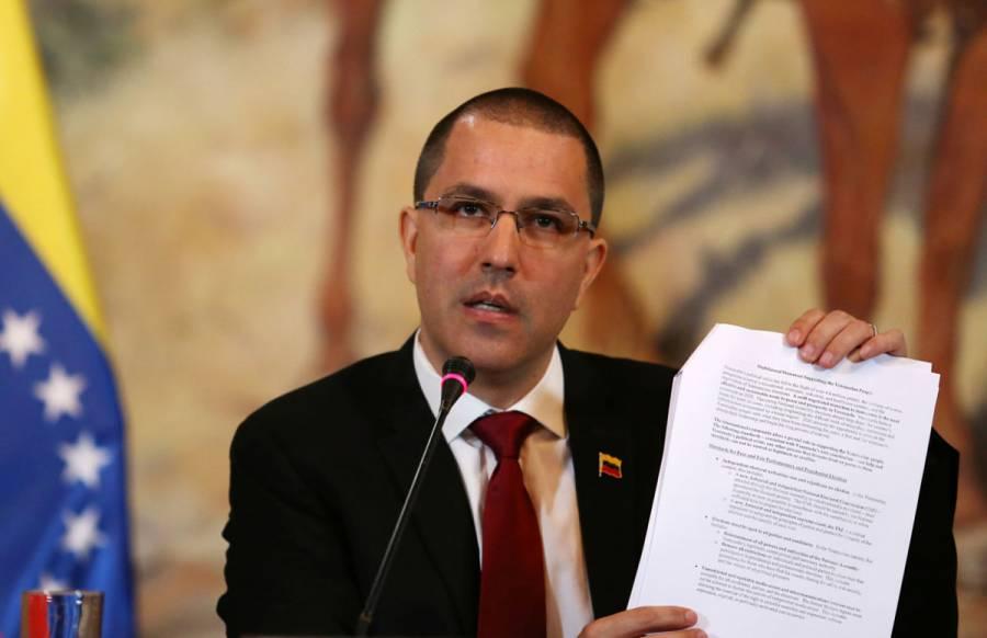 Canciller de Venezuela califica a Trump de
