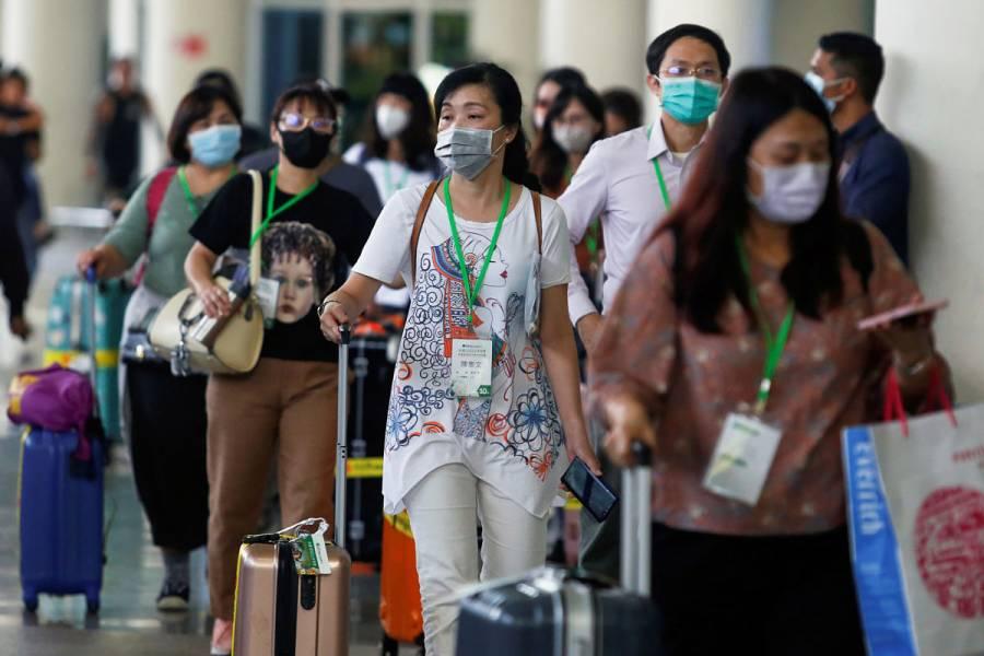 Desesperados por coronavirus, chinos recurren a medicamentos VIH