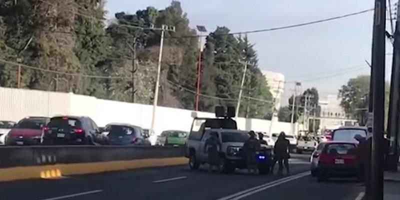 Marina y Guardia Nacional resguardan inmueble en Metepec