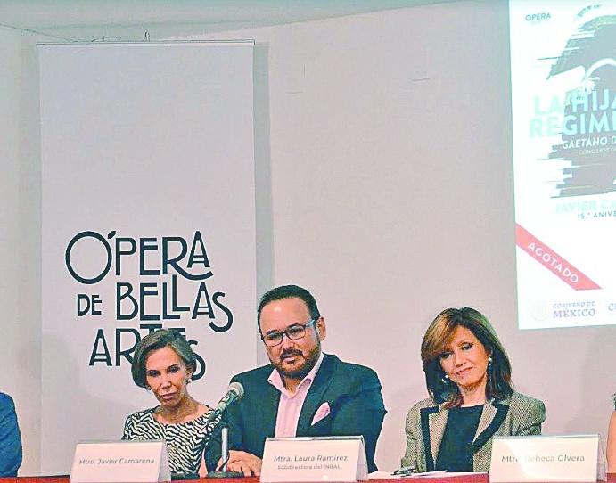Camarena festeja 15 años de su debut en Bellas Artes