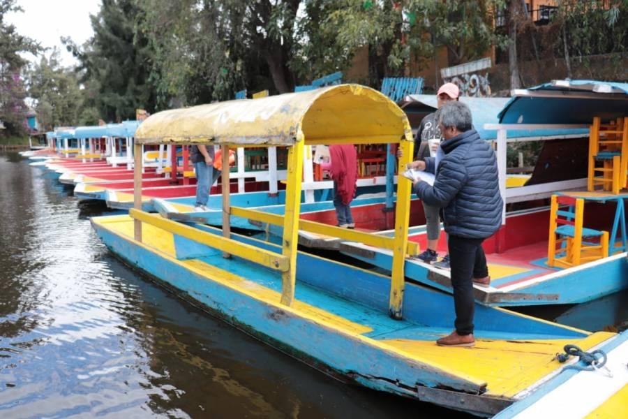 A revisión más de mil trajineras en Xochimilco