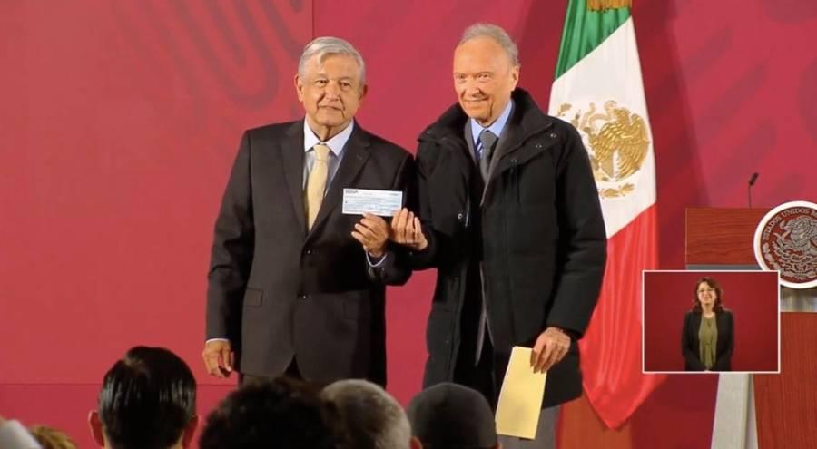 Entrega FGR 2 mil mdp al Gobierno Federal