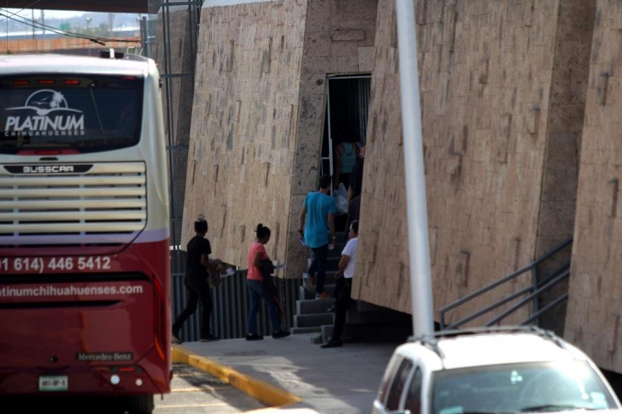 En primer año de AMLO, Trump elevó 4 por ciento deportación de mexicanos