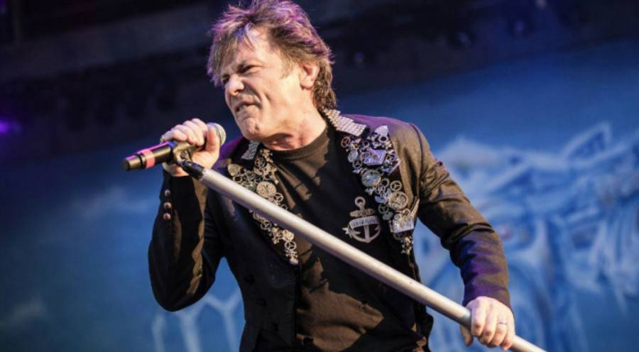 Bruce Dickinson niega retiro de Iron Maiden