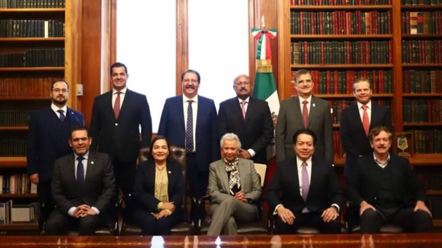 Sánchez Cordero se reúne con diputados; analizan programas sociales