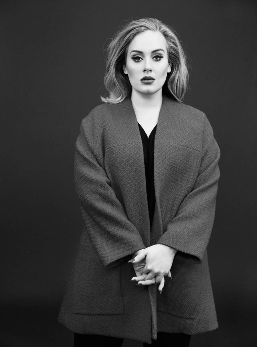 Adele presume su nueva figura