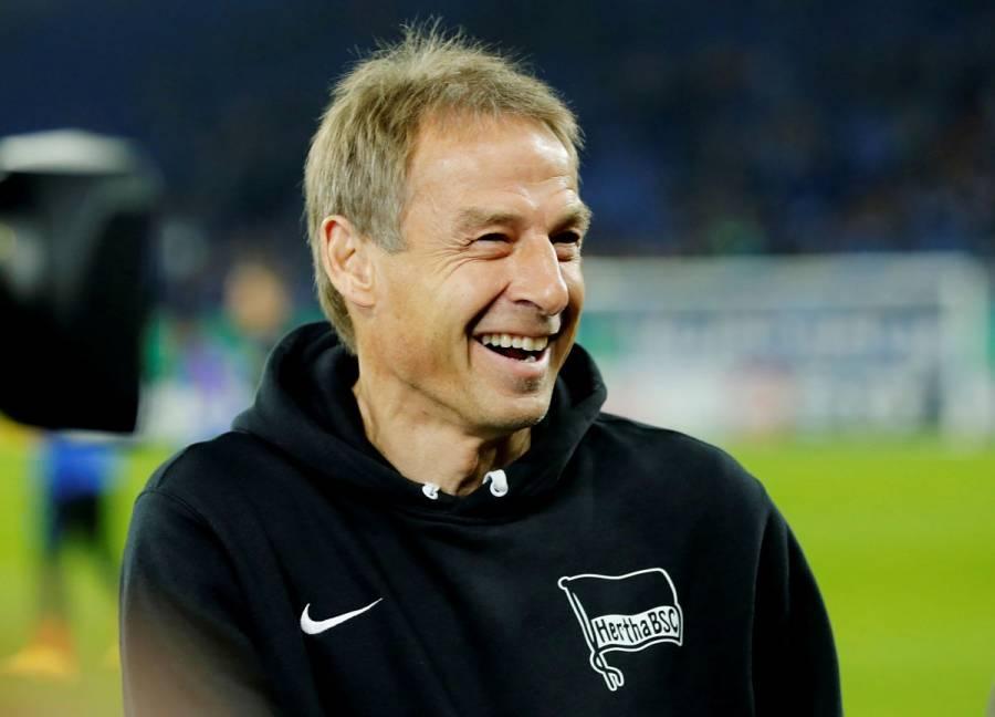 Jurgen Klinsmann renuncia a la dirección técnica del Hertha Berlín