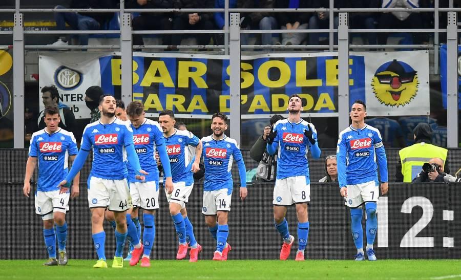 Napoli gana al Inter en la Copa Italia; Lozano no vio acción