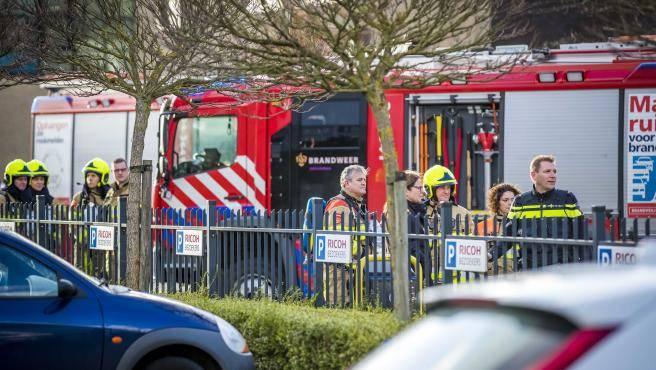 Dos paquetes bomba estallan en oficinas holandesas