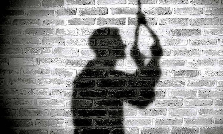 Hombre se suicida por pensar que porta coronavirus