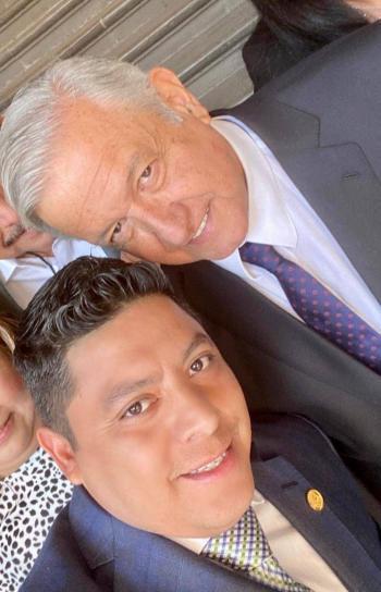 Con gran afecto se saludaron el presidente López Obrador y el diputado Ricardo Gallardo