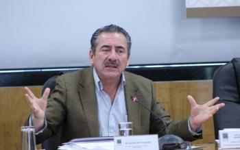 Legislador cuestiona si detención de Lozoya es un circo mediático; Delgado asegura que no es revanchismo