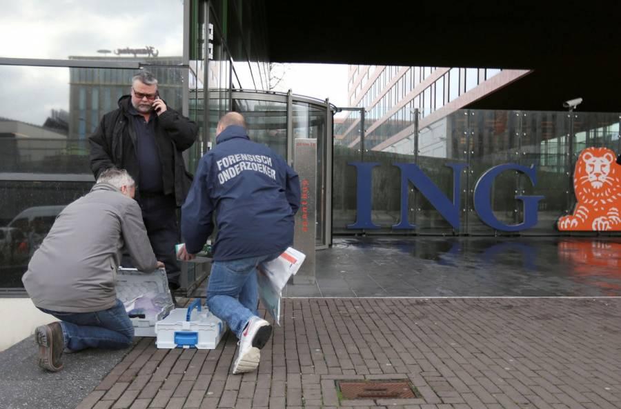 Un paquete bomba explota en banco de Ámsterdam