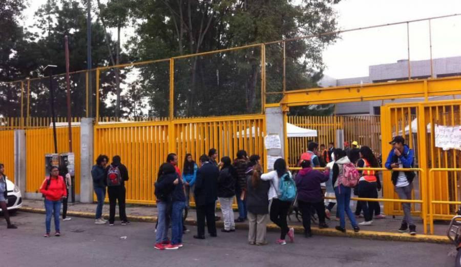 Reanudan clases en Prepa 1 de la UNAM