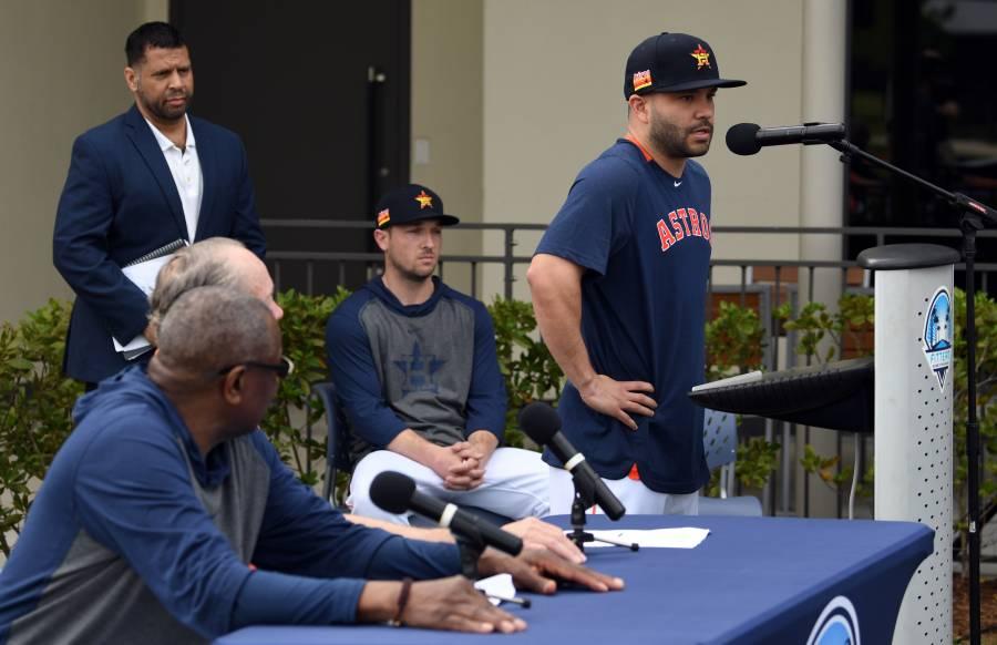 Astros de Houston se disculpan por robo de señas