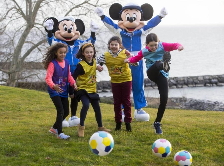 La UEFA se une a Disney para fomentar el futbol femenil