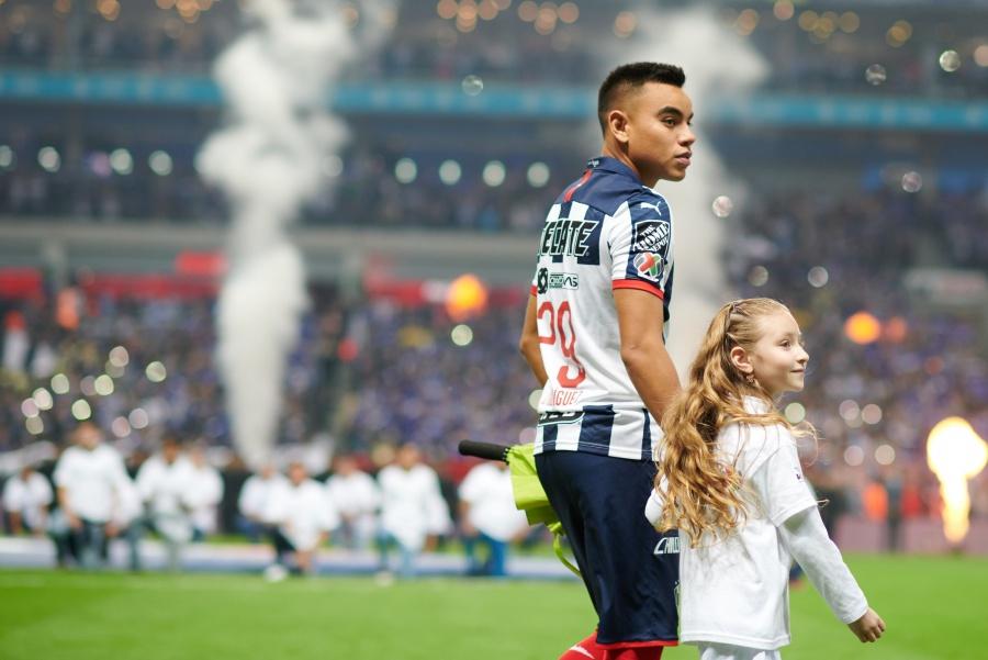 En Liga MX niños que acompañan a jugadores no pagan por participar