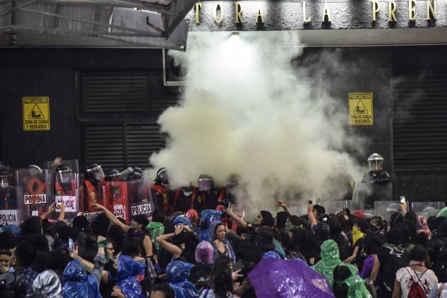 Brigada Marabunta desmiente a la SSC por uso de gases durante marcha