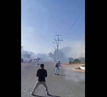 Enfrentamiento entre policías y normalistas deja varios heridos en Chiapas