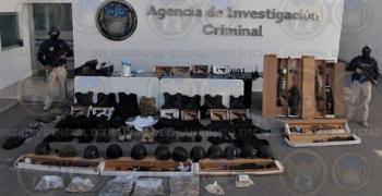 Autoridades catean casas de seguridad con drogas y explosivos en Irapuato