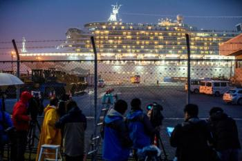 Tras cuarentena por coronavirus, estadounidenses abandonan crucero en Japón