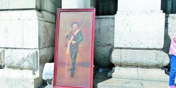 Con muestra alterna, campesinos despiden a Zapata Gay de Bellas Artes