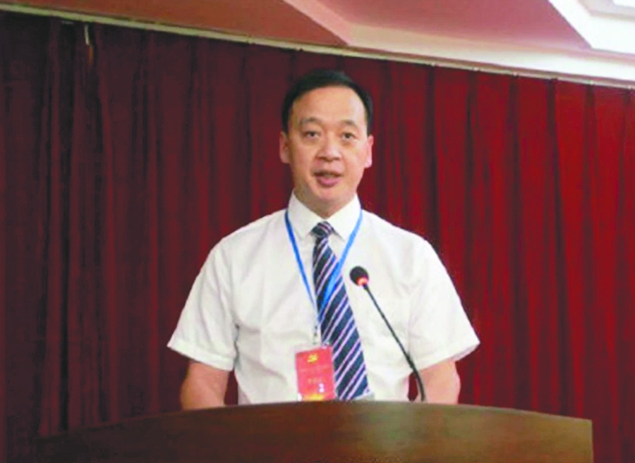 Fallece director de hospital de Wuhan