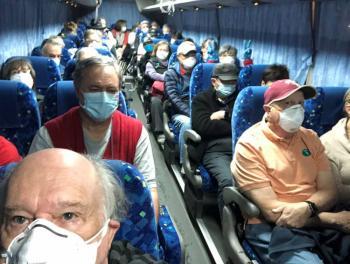 Positivo a Covid-19, 14 estadounidenses evacuados de crucero