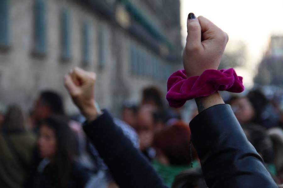 Se registran nuevas protestas feministas en Palacio Nacional