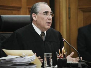 Necesario, simplificar la Constitución, afirma ministro Fernando Franco