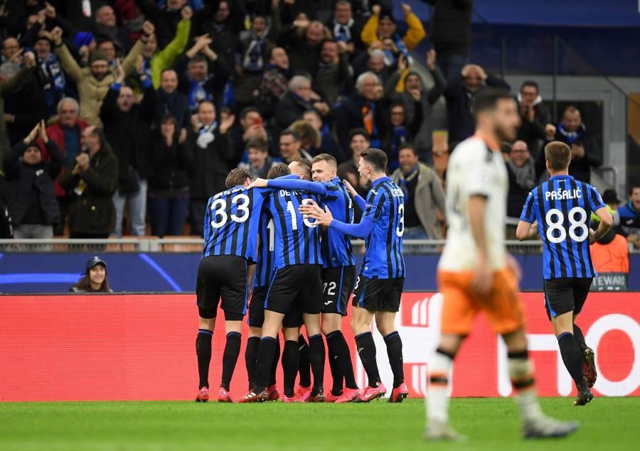 Atalanta aplasta al Valencia y encarrila pase a cuartos de final