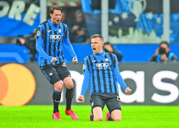 Atalanta golea y aleja al Valencia de cuartos de final
