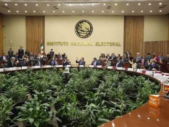Elige INAI a Magaloni Kerpel y José Roldán Xopa como integrantes para evaluar candidatos a consejeros del INE