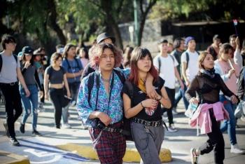 Marchan a rectoría con nuevo pliego alumnos delCCHSur