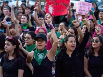 PAN y PRD participarán en paro nacional de mujeres