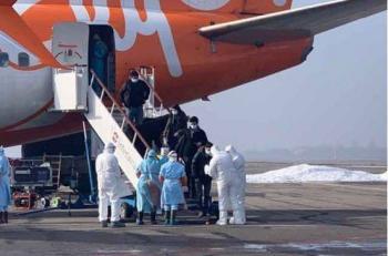 Llegan a Ucrania 70 personas de Wuhan, estarán asilados en hospital militar