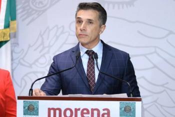 Sergio Mayer llora al condenar la violencia contra la mujer
