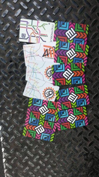 Capturan a revendedor de tarjetas del Metro Tacubaya