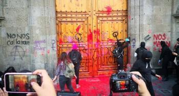 Nuevo León ordenan suspensión de clases para apoyar el paro nacional