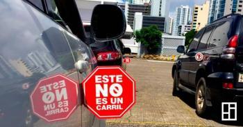 Presentan campaña contra motociclistas que transiten en medio de la vía en Panamá