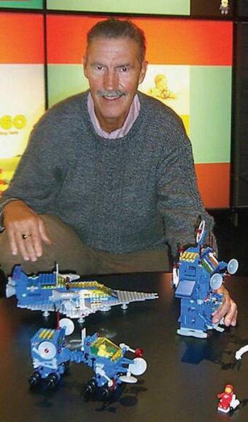 Fallece Jens Nygaard Knudsen, diseñador del muñeco Lego