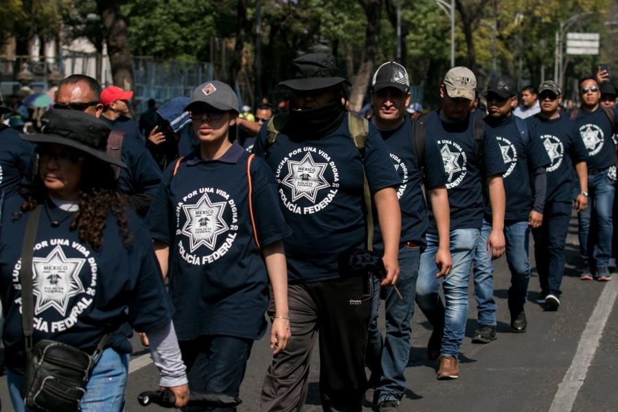 Federales que rechazan GN podrían irse a cárteles, alertan