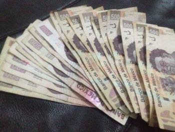 SAT define quienes sí declararán depósitos mayores a 5 mil pesos