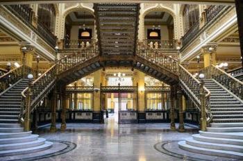 Celebran 113 años del Palacio Postal con estampillas y exposiciones