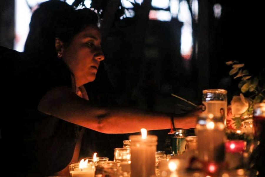 Llama AMLO a atender las causas en feminicidios