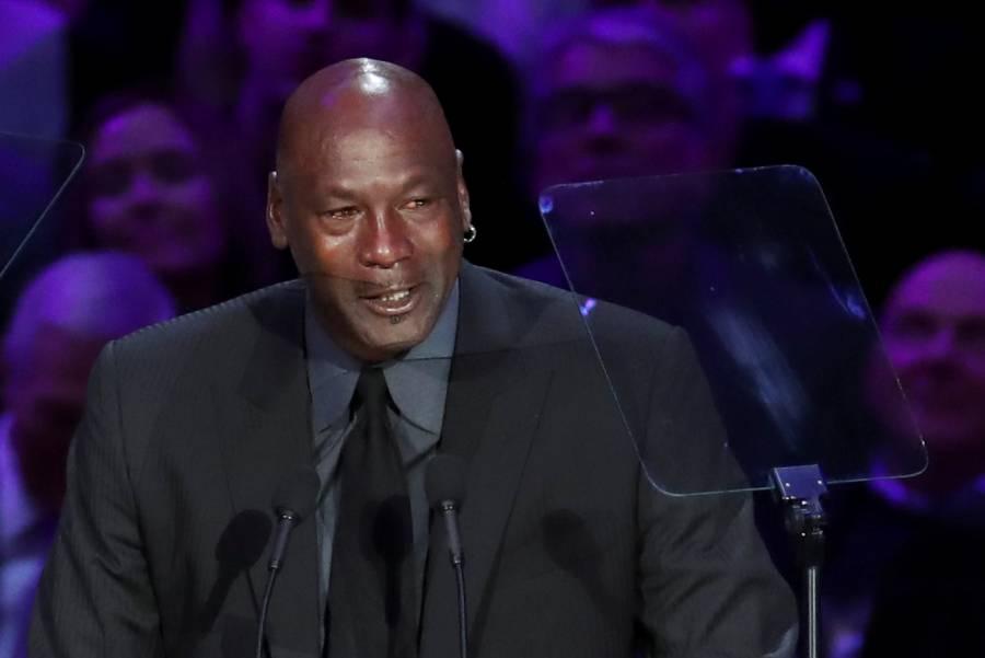 Entre lágrimas, Michael Jordan recuerda a Kobe Bryant