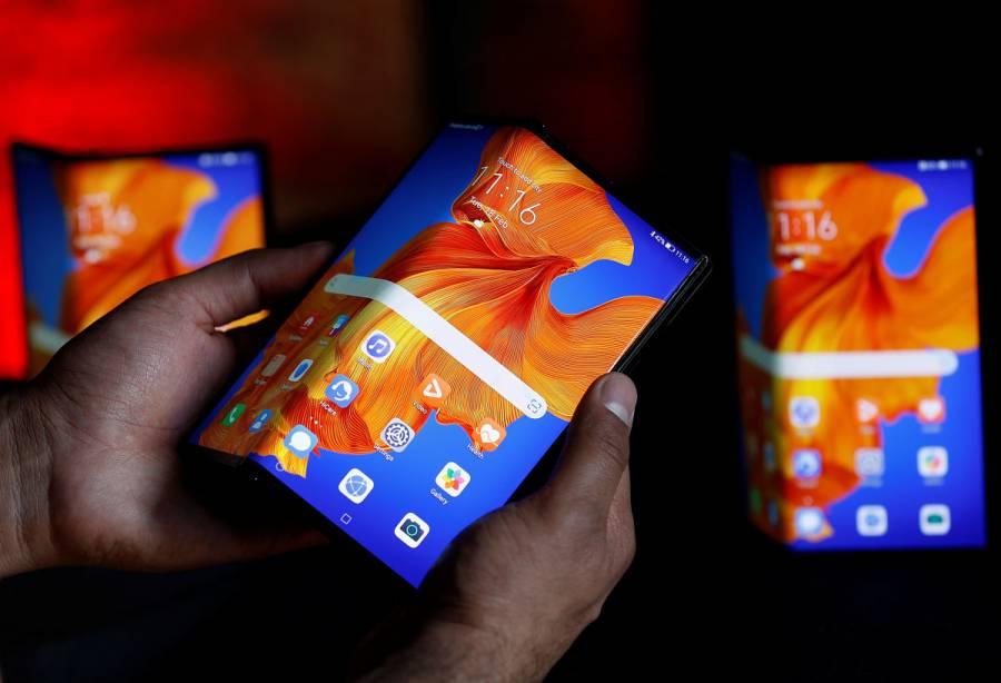 Huawei lanza su nuevo Mate XS con pantalla plegable