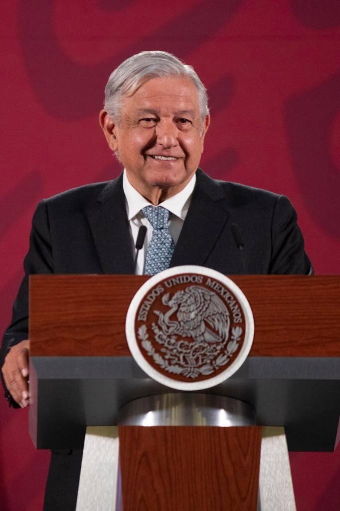 Este gobierno no es machista, afirma López Obrador