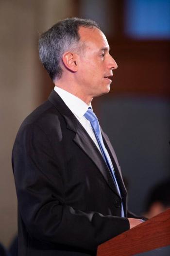 """Destitución de director de Neurología fue por """"incapacidad"""" para administrar al Instituto"""