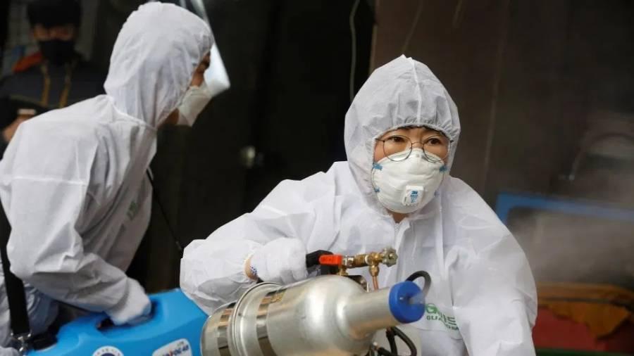 Ya son 2 mil 744 muertos por Covid-19 en China